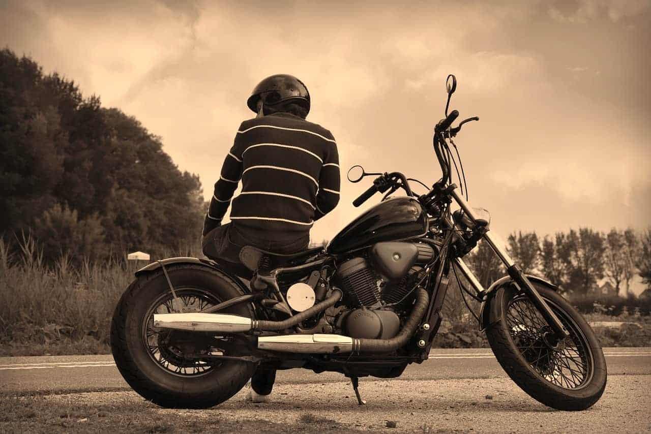 seguros de moto con mejor asistencia en carretera