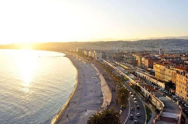 Niza, Francia